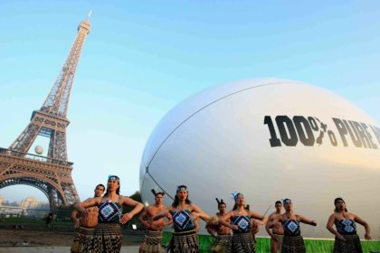 Tourism NZ – Rugby Ball, Paris